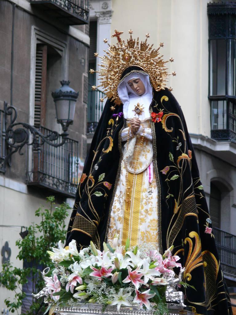 Una procesion de Semana Santa